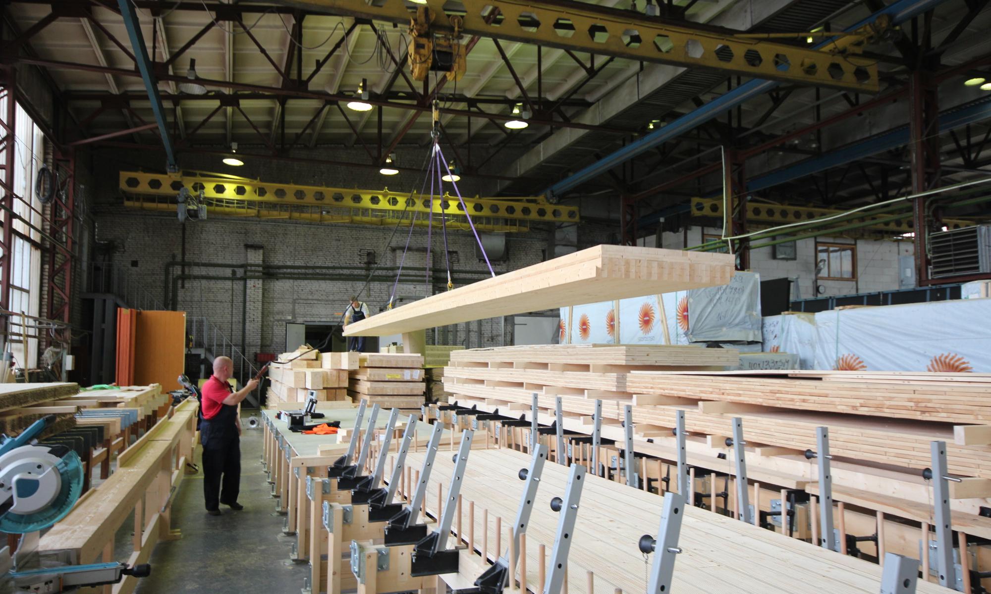 Панели перекрытия длиной 12 метров.